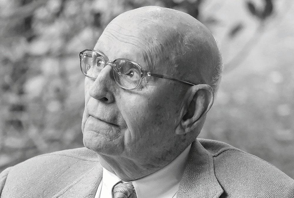 Community Says Good-bye to Drayton Hall Patriarch